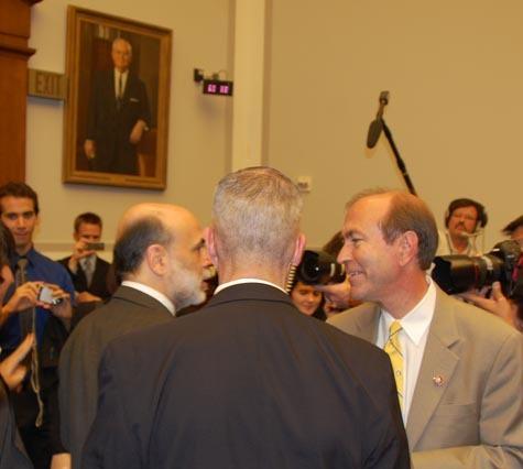 Bernanke_congressman_and_ss_agent