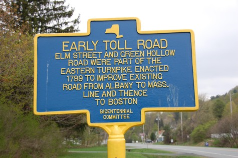 Early_toll_road_berlin_ny