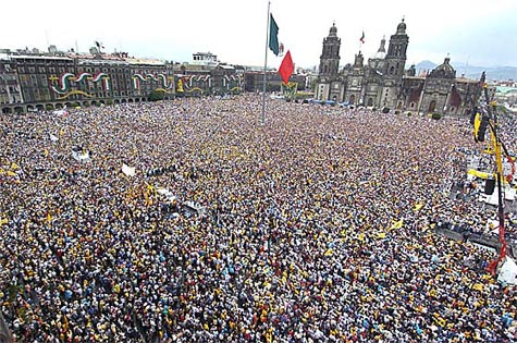 Mexicans_demand_real_democracy_big